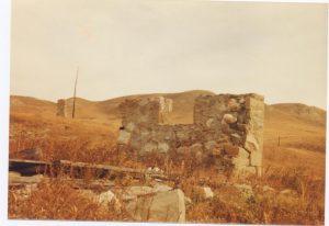 Waverly Ranch barn ruin 1983 Theo Mitchell